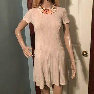Forever 21 creme short sleeve dress